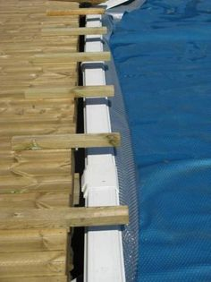 Impressive photo - go to our short article for lots more suggestions! Above Ground Pool Decks, Above Ground Swimming Pools, In Ground Pools, Swimming Pools Backyard, Garden Pool, Pool Landscaping, Oberirdische Pools, Cool Pools, Decks Around Pools