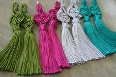 Things you need to make tassel earrings : Embroidery floss (both same color ) : 2 nos Jump rings : 2 nos Earring hooks : One pair Scissors : One Diy Earrings, Tassel Earrings, Decorative Knots, How To Make Tassels, Micro Macrame, Silk Thread, Fabric Art, Shibori, Purses And Bags