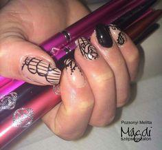 Magdi új körmöket kapott Melitől.   www.magdiszepsegszalon.hu/kezeslabapolas  #nails #köröm