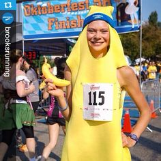 Pin for Later: Costume Ideas For Fun Group Races Banana