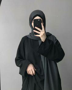 Mode Abaya, Mode Hijab, Niqab, Abaya Fashion, Fashion Outfits, Islamic Girl Images, Simple Hijab, Stylish Hijab, Fashion Drawing Dresses