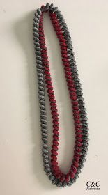Non di solo pane...: COLLANE IN LANA A SPIRALE Freeform Crochet, Diy Crochet, Crochet Christmas Ornaments, Textiles, Chainmaille, Beaded Necklace, Stitch, Beads, Knitting