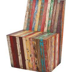 Poltronas, sofás, cadeiras e pufes que foram publicados na revista Casa Claudia.