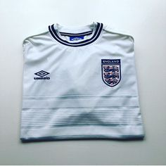 England home shirt euro 2000 - link in bio #England #englandshirt #englandnationalteam #threelions #umbro #euro2000 #football #footballshirt #retro #retroshirt #retrofootball #retrofootballshirt #retroengland #vintage #vintageumbro #vintagefootball #vintagefootballshirt #classickit #classicfootball #soccer #soccerjersey #internationalofootball  #90s #90sfootball #90svintage