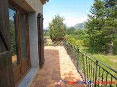 Vous rêvez de faire un achat immobilier entre particuliers en Provence-Alpes-Côte d'Azur. Découvrez cette maison de 190 m² habitables offrant un appartement indépendant sur 1 500 m² de terrain à Le Brusquet www.partenaire-europeen.fr/Actualites-Conseils/Achat-Vente-entre-particuliers/Immobilier-maisons-a-decouvrir/Maisons-a-vendre-entre-particuliers-en-PACA/Achat-immobilier-particulier-Provence-Alpes-Cote-d-Azur-Alpes-de-Haute-Provence-Le-Brusquet-maison-20131225