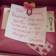 Um pacotinho cheio de amor! ❤  #encomendas #correio #produtosartesanais #feitoàmão #feitocomcarinho #blocodenotas #chaveirosdepostit #papelaria #handmade #handcraft #craft