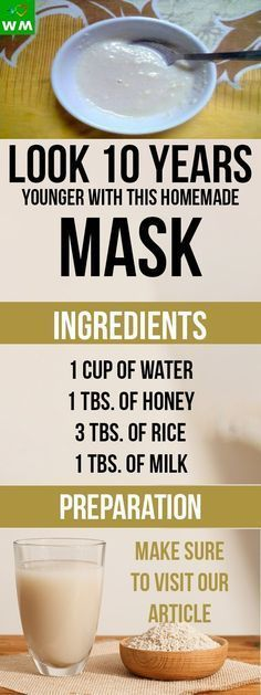 This homemade mask is amazing. It's loaded with antioxidants and it will hydrate your skin.