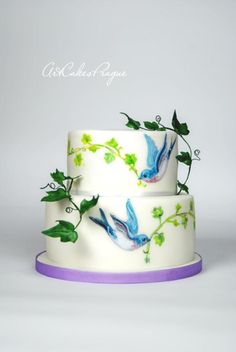 Birds of the heavens by Art Cakes Prague by Victoria Mkhitaryan