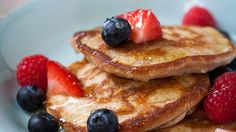 Fluffy Banana Pancakes - by the Hairy Bikers, these are insanely good and low calorie too!