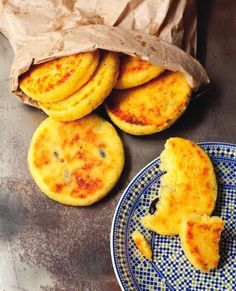 Moroccan Cuisine: Food, Drinks, Recipes and Eating Traditions Moroccan Bread, Cornmeal Recipes, Food And Travel Magazine, Pain Pizza, Breakfast Recipes, Dessert Recipes, Lebanese Recipes, Middle Eastern Recipes, Slow Food