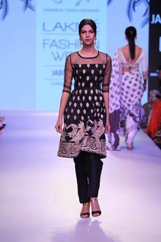 Surendri by Yogesh Chaudhary presents his collection with an effortless transition from neutral shades to bright hues and psychedelic prints at the ‪#‎LakmeFashionWeek‬ ‪#‎SummerResort2015‬