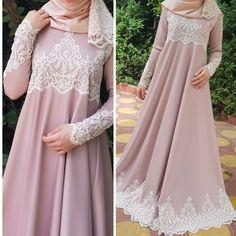 Abaya Fashion, Muslim Fashion, Fashion Dresses, Abaya Mode, Mode Hijab, Abaya Designs, Hijab Mode Inspiration, Hijab Stile, Beautiful Dress Designs