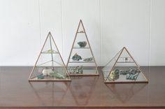 NEW Vega Pyramid Display Box glass pyramid by ABJglassworks