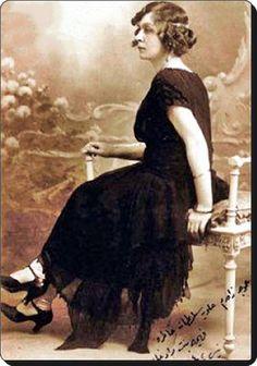 (2) Twitter fehime sultan V.Murat'ın kızı 1924