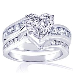 heart shaped diamond ring set