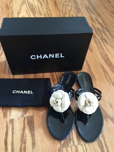 fbe4287bc6326a These Chanel Black Camellia Thong Sandals Clear Size 39 Flats are a top 10  member favorite on Tradesy.