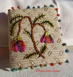 http://www.yorkette45.canalblog.com  : Les Cousettes brodées de Yorkette   PETITS CARNETS Cecile Franconie Franconnie (2) copie