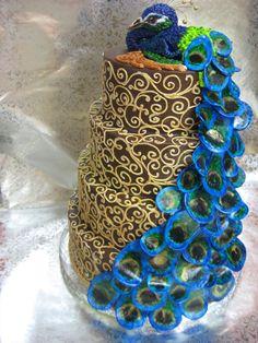 : wedding peacock cake wedding cake blue green teal peacock Peacock Wedding Cake By Forgetmmenot Peacock Foods, Peacock Cake, Peacock Wedding Cake, Peacock Theme, Beautiful Cakes, Amazing Cakes, Pretty Cakes, Simply Beautiful, Wedding Cake Toppers