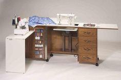 Qué hermoso el mueble para las máquinas de coser!!!!