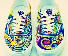 I love it, psychedelic vans, I actually think I might be able to pull theses off…