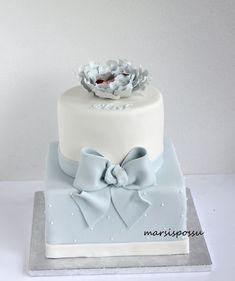Marsispossu: Ristiäiskakku pionilla, Christening cake for baby boy