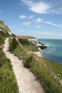 Footpath on the White Cliffs of Dover, London.