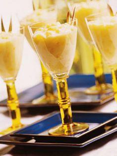 Todo mundo quer uma ceia natalina repleta de comidinhas deliciosas e sofisticadas. Selecionamos as melhores sobremesas para deixar sua mesa ainda mais linda nesta data especial.