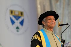 Prof Yunus addresses the audience at the installation