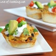 Chicken Taco Bites - These look SO yummy!