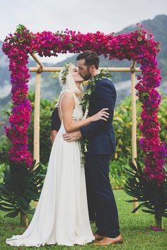 Colourful Hawaiian Wedding | Maui Maka Photography | Bridal Musings Wedding Blog