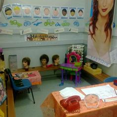 Hair salon dramatic play looks fun and easy to design. Dramatic Play Themes, Dramatic Play Area, Dramatic Play Centers, Preschool Centers, Preschool Activities, Preschool Layout, Drama Activities, Prop Box, Role Play Areas