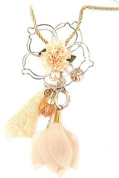 Sweet Coat Chain with Metal Flower and Crystal