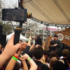 The FLY-X3 PLUS filming a conert at SXSW 2015 with an iphone6 PLUS.