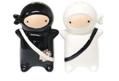 Amazon.com: 180 Degrees Pj0345 Japanese Ninja Kids Salt & Pepper Shaker Set, Black and White: Kitchen & Dining