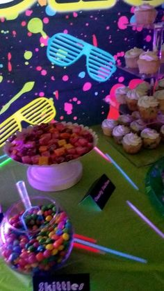 Glow in the dark candy station - Candy station The Effective Pictures We Offer You About party decorations A quality picture can te - 13th Birthday Party Ideas For Girls, Neon Birthday, 13th Birthday Parties, 16th Birthday, Party Themes For Teenagers, Glow Party Food, Glow Party Decorations, Birthday Party Decorations, Party Candy