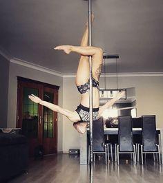 Pole dancing motivacion workout Ideas for 2019 Pole Dance Moves, Pole Dancing Fitness, Dance Poses, Pole Fitness, Barre Fitness, Fitness Exercises, Boot Camp Workout, Barre Workout, Aerial Gymnastics