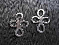 Sterling Silver Artisan Rounded Clover Cross by VDIJewelryFindings, $6.30