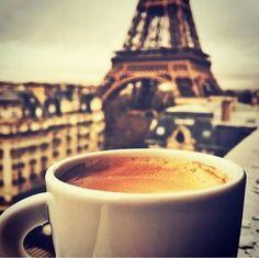 Somente um Doce Sorriso: Torre Eiffel e outras coisinhas.