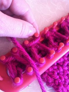 Loom Knitting: Braid Knit stitch