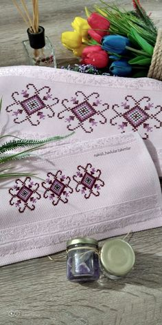 1 million+ Stunning Free Images to Use Anywhere Ribbon Embroidery Tutorial, Palestinian Embroidery, Free To Use Images, Cross Stitch Patterns, Diy And Crafts, Create, Cross Stitch Embroidery, Towels, Embroidery Stitches
