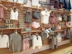 Brandy melville shop - brandy melville out Boutique Design, Boutique Decor, Boutique Stores, Boutique Displays, Shop Displays, Window Displays, Baby Boutique, Clothing Boutique Interior, Clothing Store Design