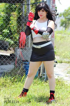 Character: Tifa Lockhart / From: Square Enix's 'Final Fantasy VII' / Cosplayer: Unknown