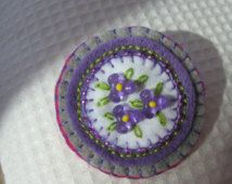 Felt pin brooch purple beaded violets flowers gray embroidery badge A