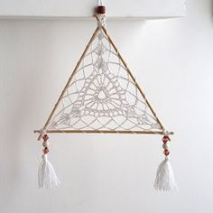 Dream Catcher Mobile, Dream Catcher Craft, Crochet Home, Cute Crochet, Crochet Mandala Pattern, Crochet Patterns, Knit Picks, Boho Diy, Learn To Crochet