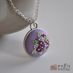 PFS-PF-12-02 Polymer Clay Creations, Polymer Clay Crafts, Polymer Clay Pendant, Polymer Clay Jewelry, Polymer Clay Embroidery, Play Clay, Clay Design, Silk Ribbon Embroidery, Handmade Design
