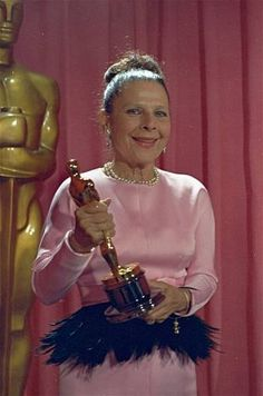 "Actress, playwright, and screenwriter Ruth Gordon poses with the Oscar she won April 14, 1969, for Best Supporting Actress in the film ""Rosemary's Baby"".  (AP Photo) / SF"