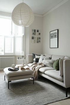 Soft pale beige living room with natural details, green accents and a minimalist sofa from British Design Shop Minimalist Sofa, Beige Living Rooms, Free Fabric Samples, Cosy Corner, Contemporary Sofa, 3 Seater Sofa, Recycled Fabric, Design Shop, Sofa Design