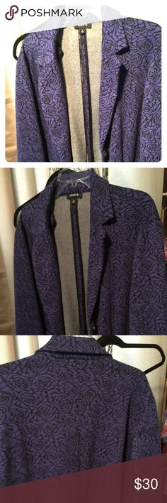 Torrid Plus Size Violet and Black Blazer Plus size Violet and black blazer with floral design. Comfy and sharp. Size 3 torrid Jackets & Coats Blazers