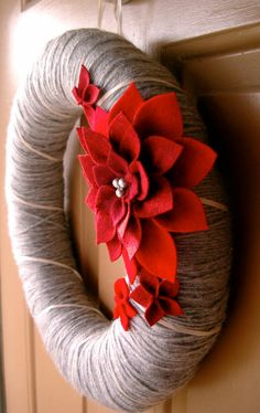 use twine and upcycle something for the pointsettia.