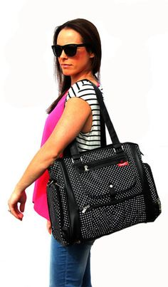 Black Nappy Bag, Black Diaper Bag, Nappy Bag, Black Diaper Bag, Baby bag, Black baby bag, mommy bag | Baby Buy Direct http://www.babybuydirect.com.au